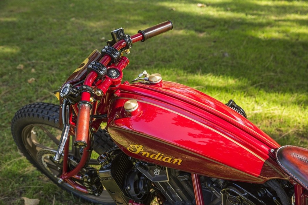 Sieu pham Indian Scout trong ban do kich doc den tu Roland Sands - 6
