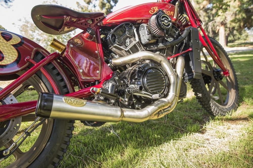 Sieu pham Indian Scout trong ban do kich doc den tu Roland Sands - 13