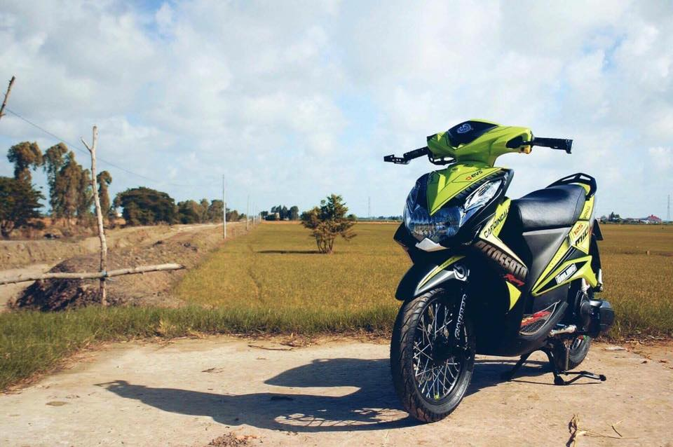 Yamaha Mio 125 cuc chat voi ban do hang hieu