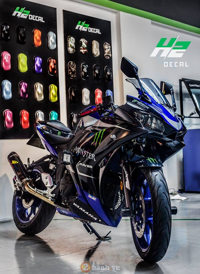 Yamaha R3 manh me trong bo ao Monster day chat choi - 4