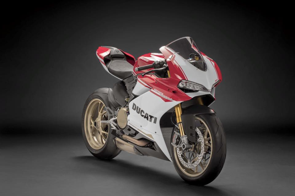 Can canh Ducati 1299 Panigale S Anniversario phien ban dac biet ky niem 90 nam