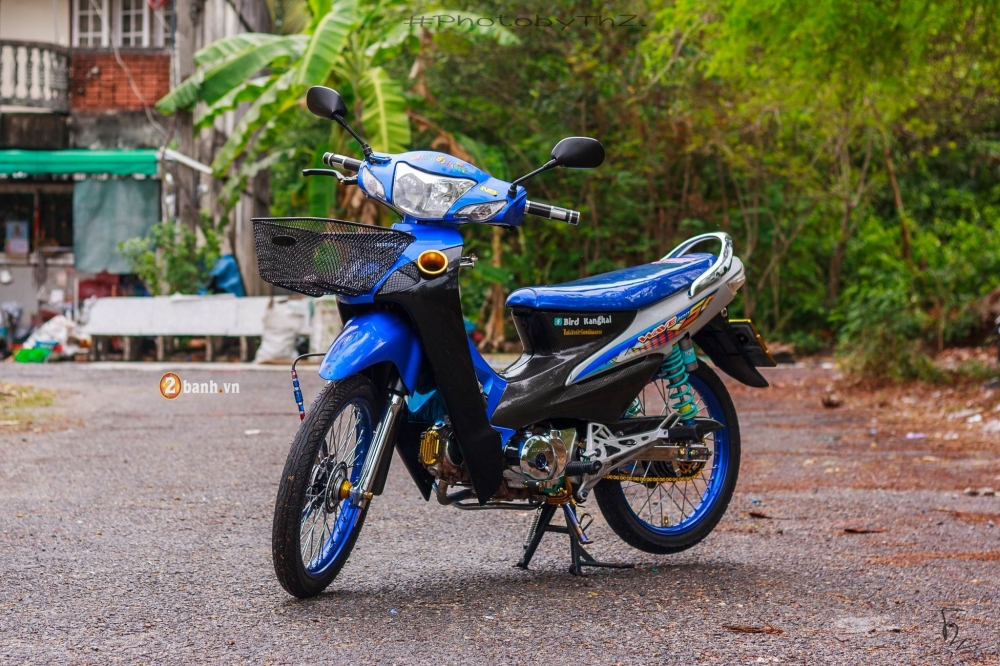 Honda Wave do day noi bat va chat lu cua dan choi Thai