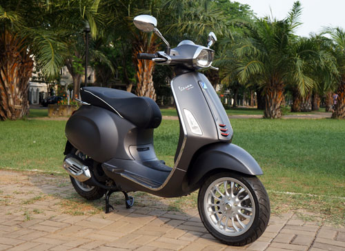 Vespa sprint ABS new 25 trieu