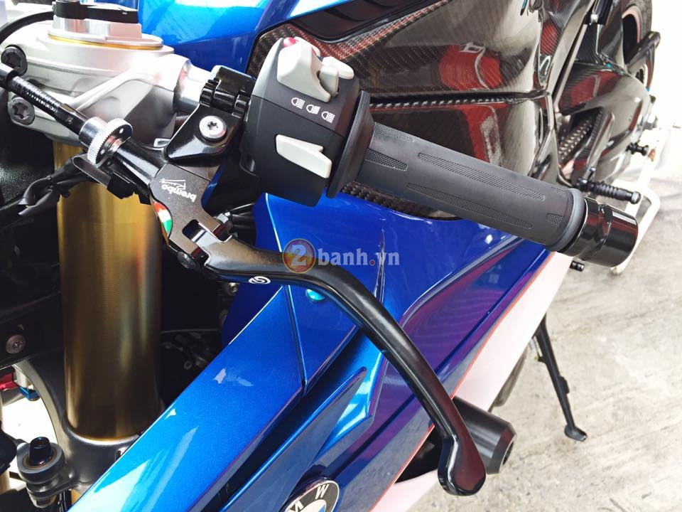 BMW S1000RR 2015 hut hon trong ban do hang hieu - 9