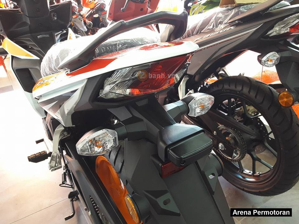 Can canh Winner 150 phien ban Repsol chinh hang - 16