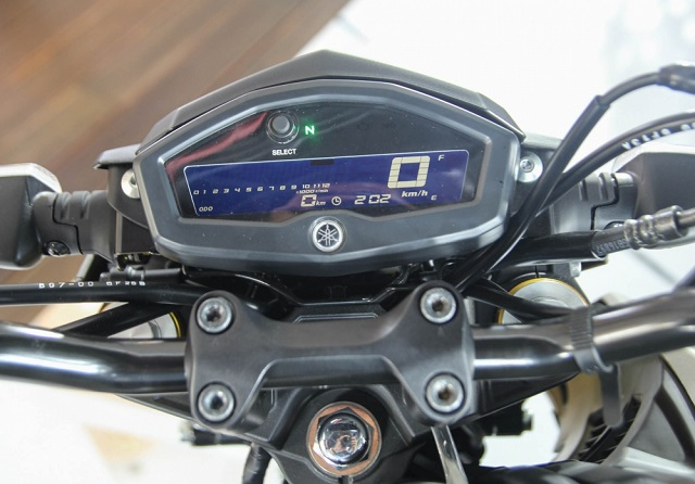 Danh gia Yamaha TFX150 Gia xe va chi tiet hinh anh - 3