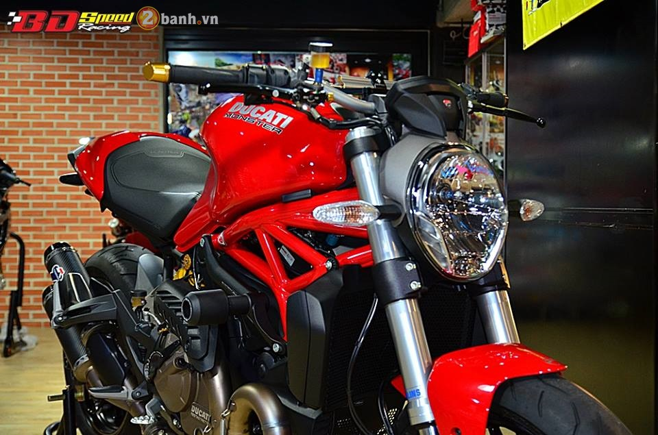 Ducati Monster 821 cuc chat ben dan do choi hang hieu - 2