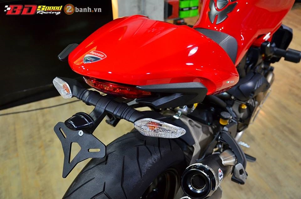Ducati Monster 821 cuc chat ben dan do choi hang hieu - 14
