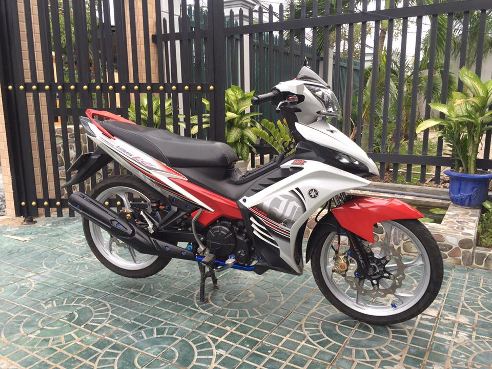 Exciter 135 don gian cung tu trong trung