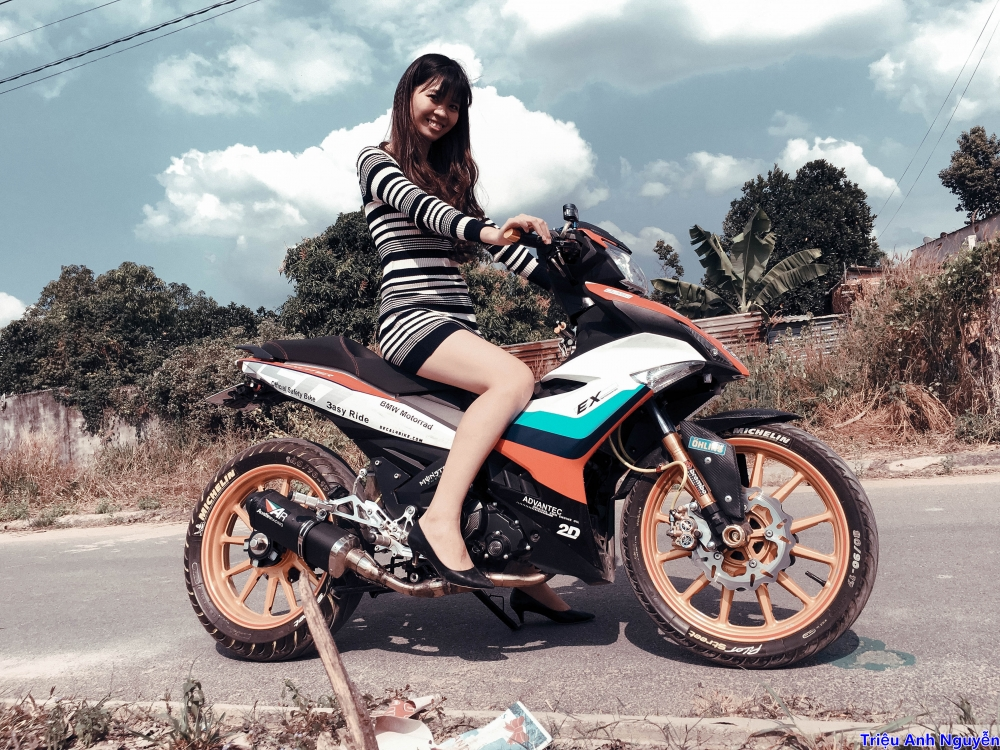 Exciter 150 chup cung mau nu de thuong