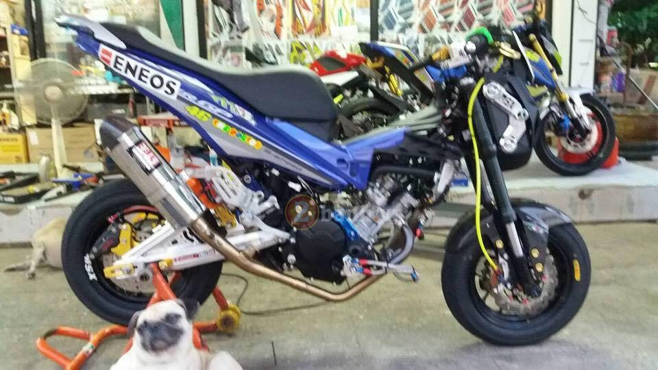 Exciter 150 do doc voi phong cach Minibike - 5