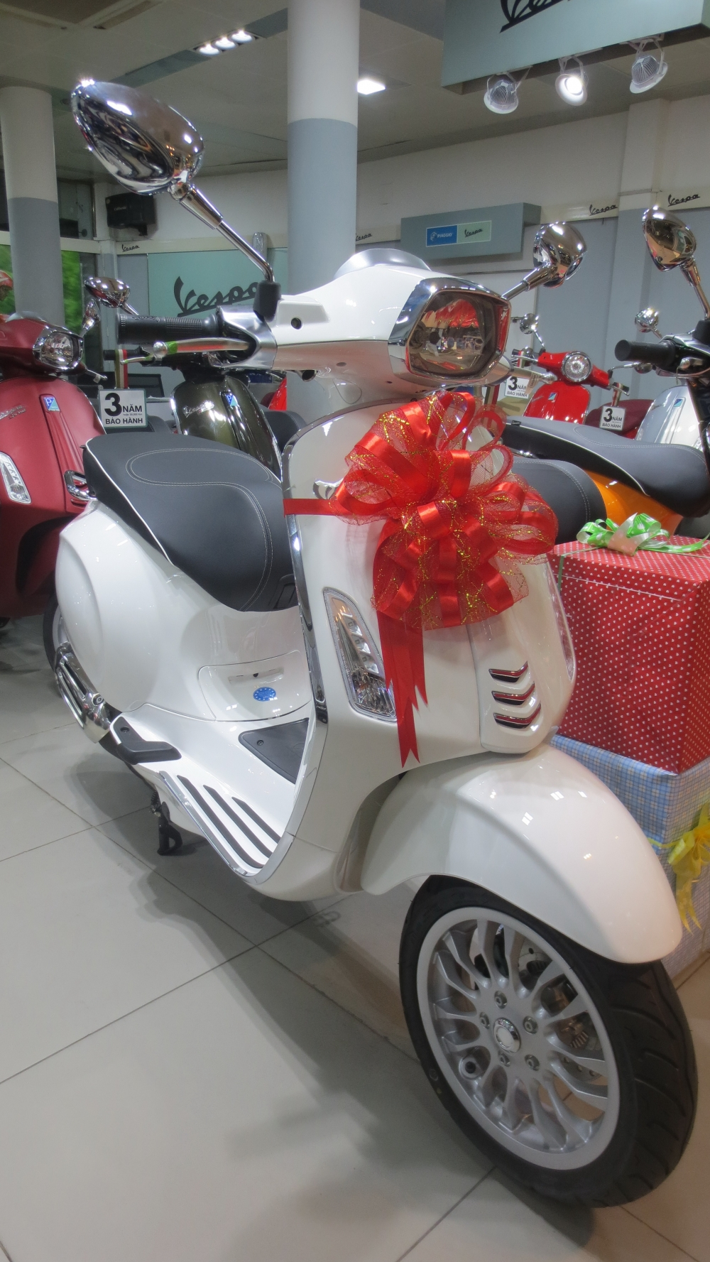 VESPA Sprint ABS chinh hang gia re nhat SG - 15