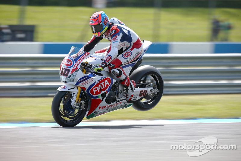 WorldSBK Stefan Bradl se tro thanh dong doi voi Nicky Hayden tai doi dua Ten Kate - 3
