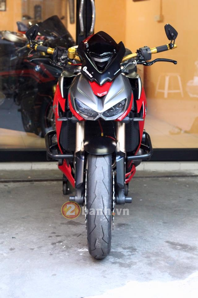 Ngay ngat voi Kawasaki Z1000 do chat