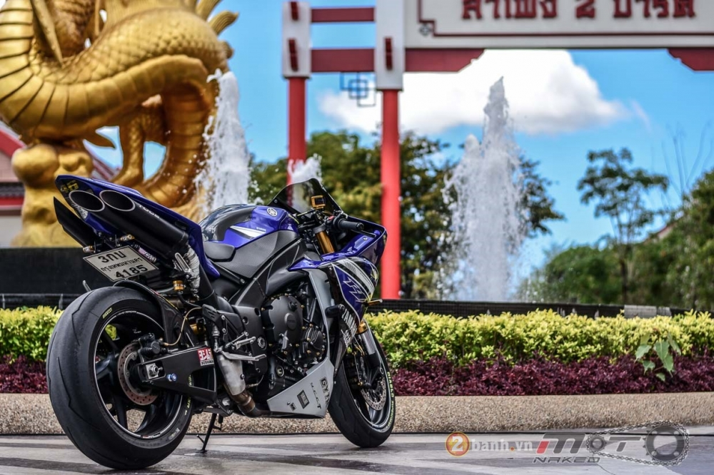 Yamaha R1 hut hon trong ban do Racing Street - 19