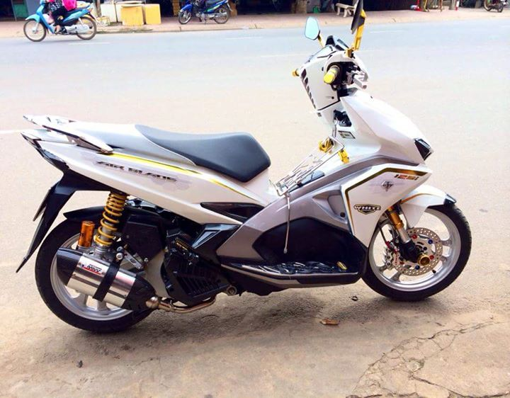 Air Blade 125 bach cong tu do cuc chat