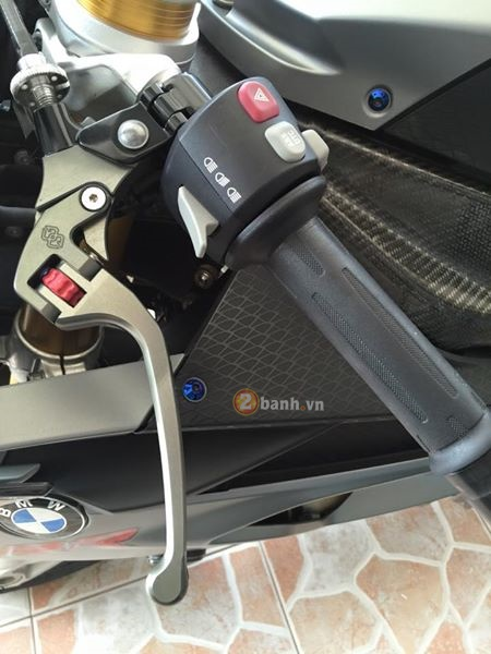BMW S1000RR ban do don gian tu do chinh hang day chat luong - 5