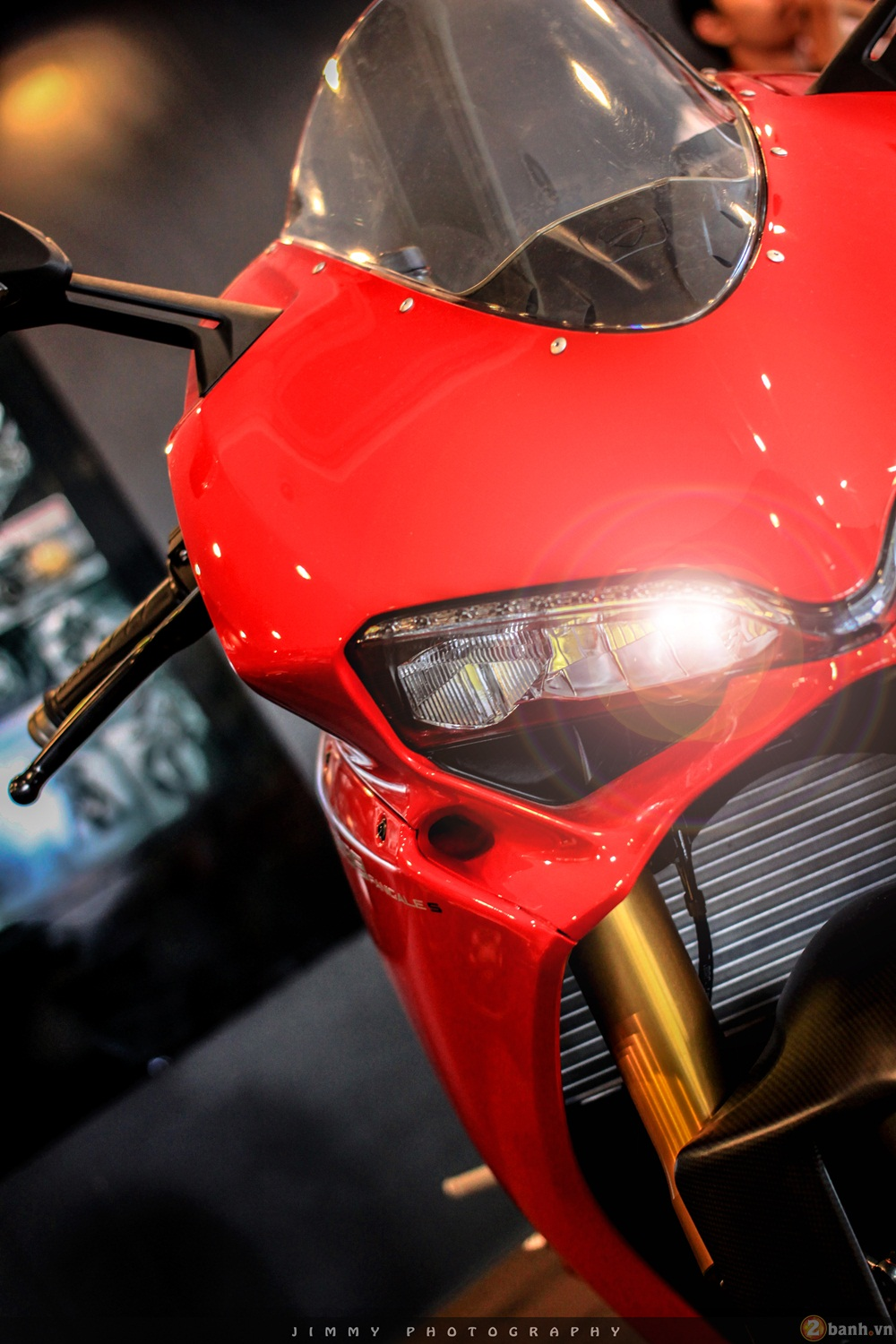 Chan dai Italy 1299 Panigale S chiec Super Sport gon nhe nhat hien nay - 8
