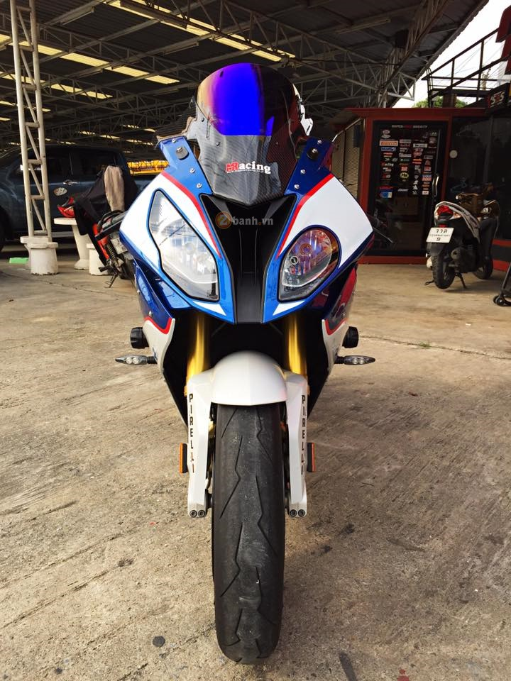 Day quyen ru voi ban do BMW S1000RR 2015 cua dan choi Thai - 2