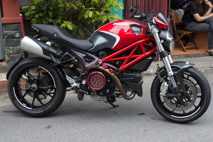 Ducati 796 len do choi hang hieu day me hoac