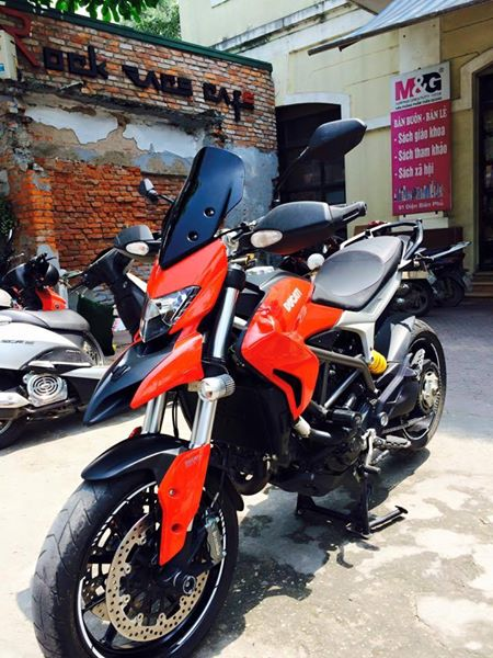 Ducati Hyperstrada 821 do nhe nhang o thu do - 10