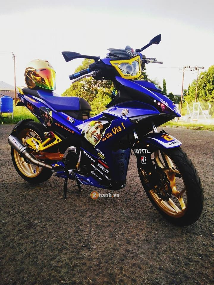 Exciter 150 do doc cua mot than tuong Valentino Rossi - 3