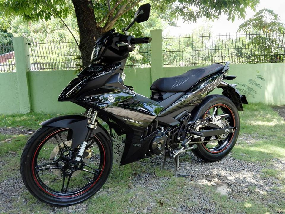 Exciter 150 duoc do mau den don gian den Philippines