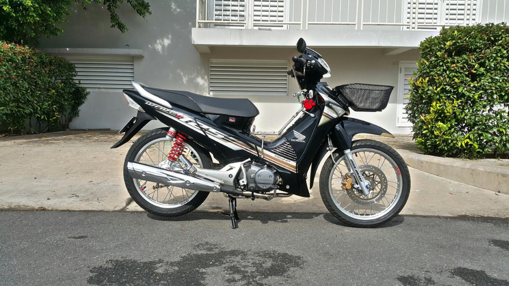 Future Neo don phong cach Wave 125i dam chat Thai