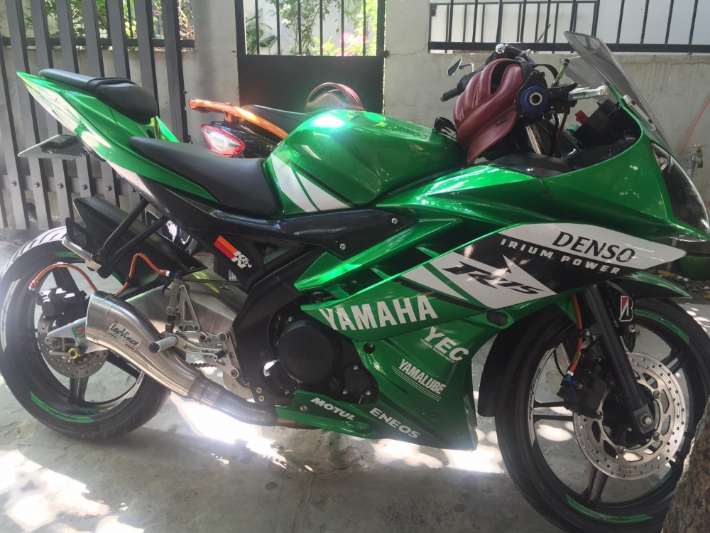 Yamaha R15 full power voi dan do choi - 4