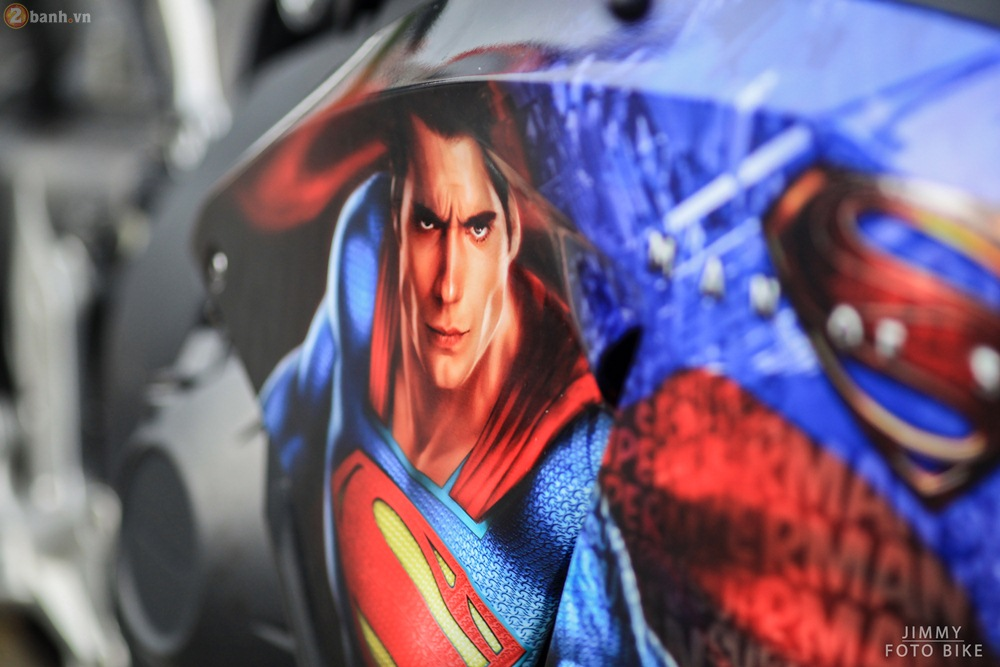 CBR1000RR phien ban Superman man of steel ca tinh tai Sai Gon - 3