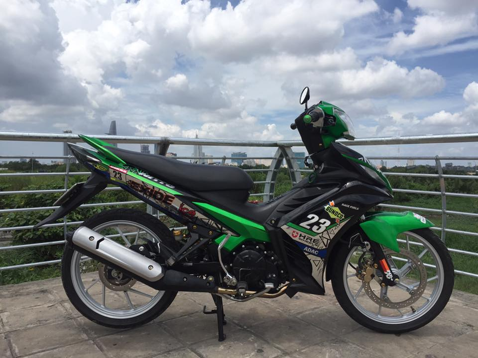 Exciter 135 do chat voi dan ao Xa Lanh