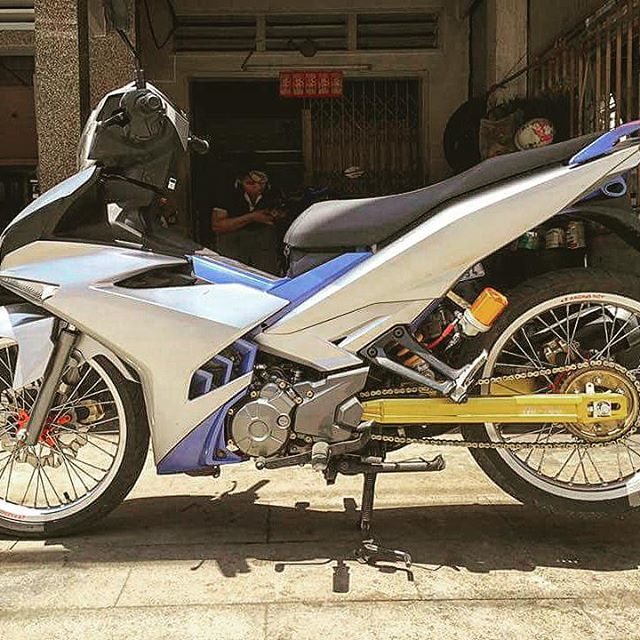 exciter 150 cua sinh vien ngheo