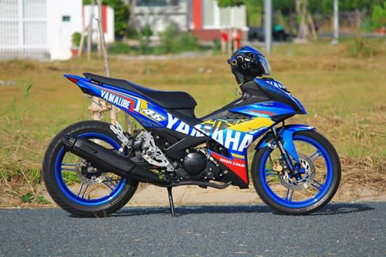 Exciter 150 day chat choi trong bo canh dam chat Yamaha Racing