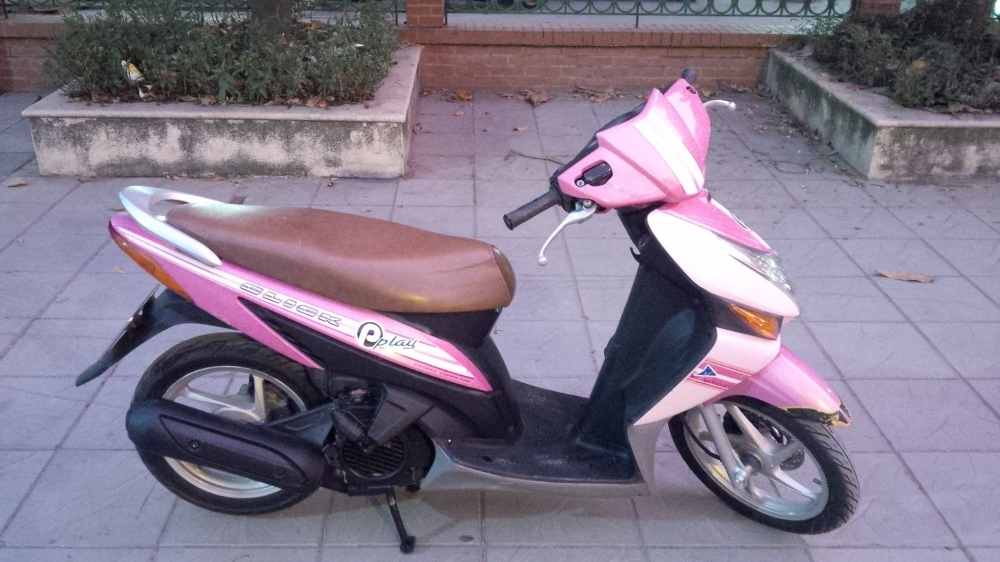 Honda Click Play mau Hong bien so dep 29Y716162 - 3