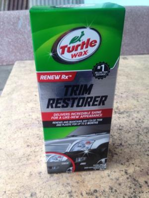 Phuc Hoi Nhua Den Xe May O to Turtle Wax Trim Restorer Made In USA