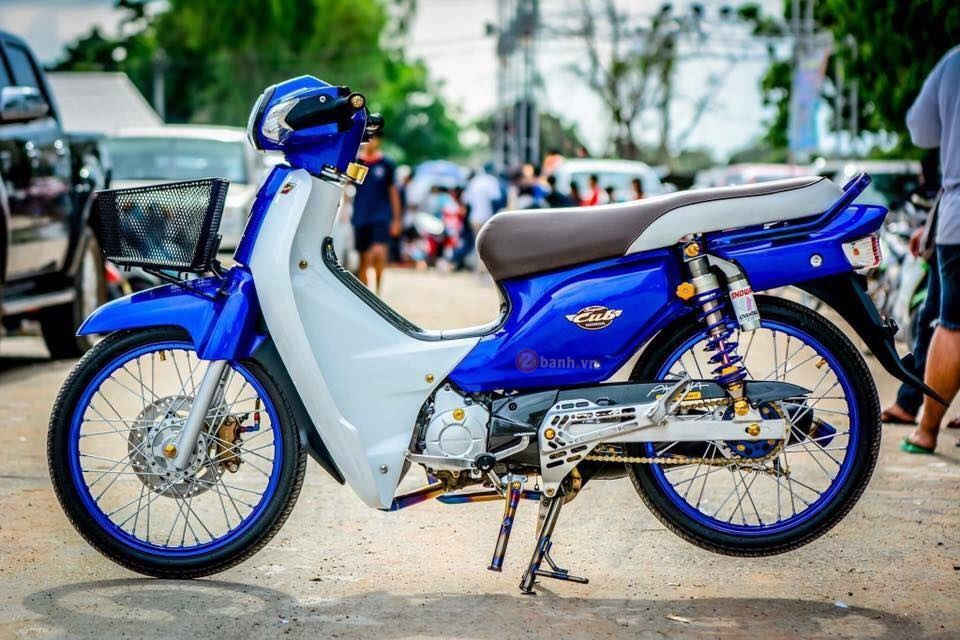 Super Cub do day chat choi cua biker Thai Lan