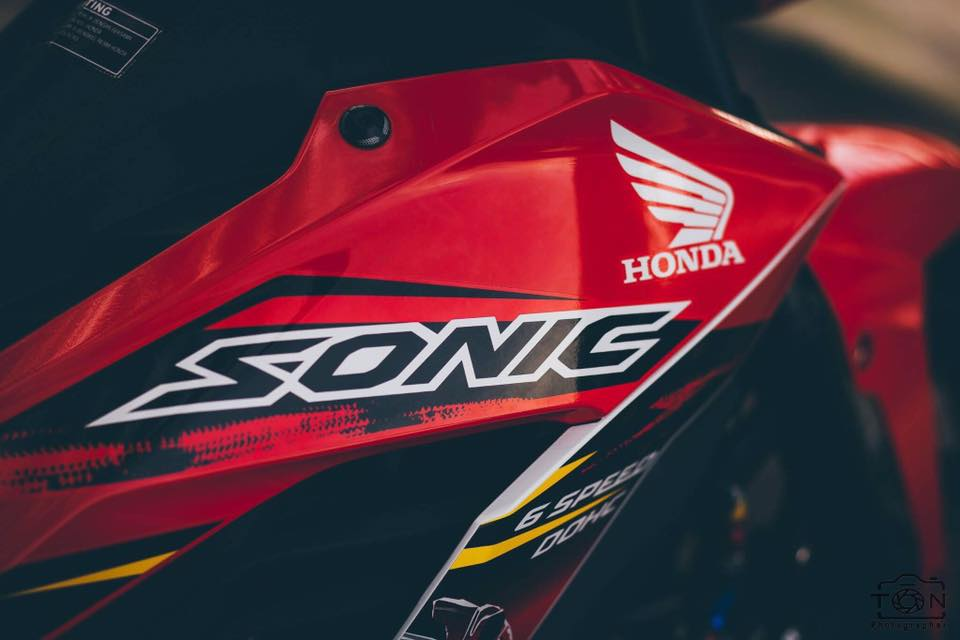 Ban do hang hieu day an tuong tu Honda Sonic 150 - 11