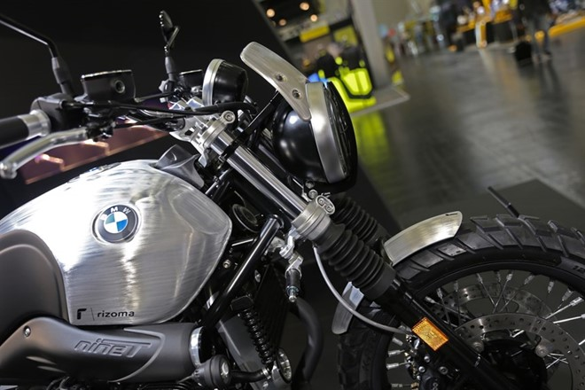 BMW R Nine T Scrambler trong ban do Rizoma Edition tai INTERMOT 2016 - 3
