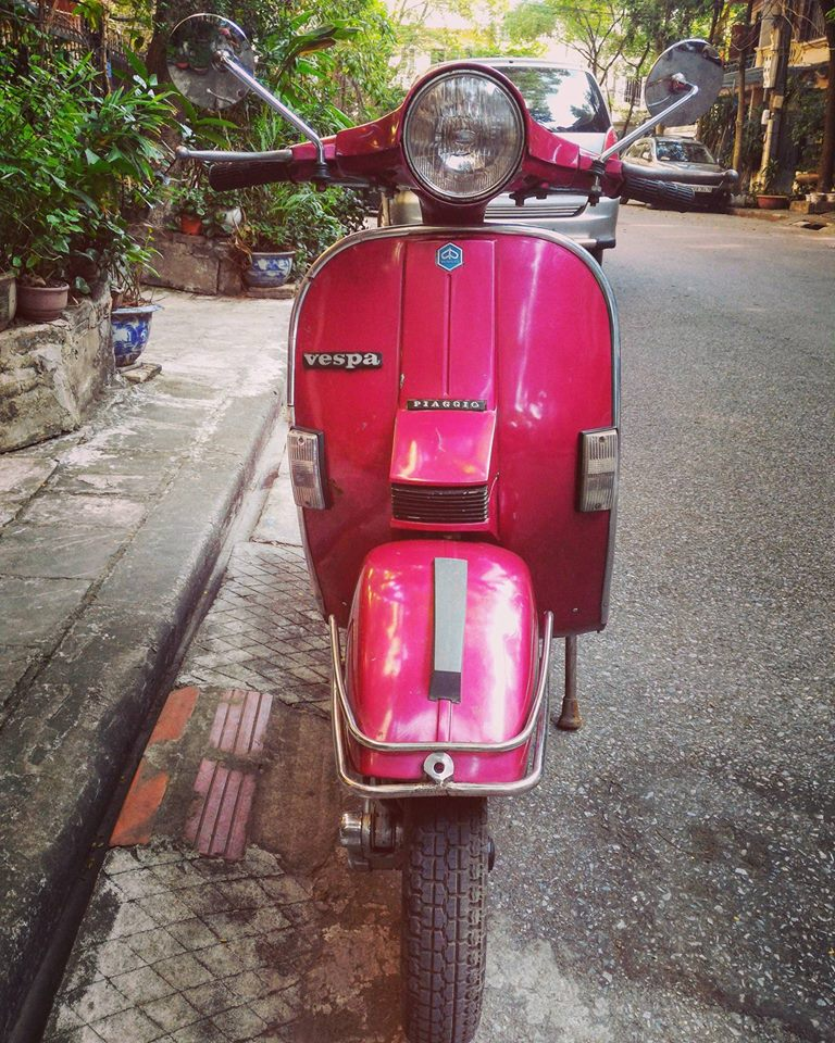 Can Thanh Ly em Vespa Co