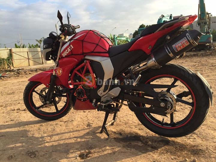 Chiec FZS do phong cach moto Ducati Monster - 6