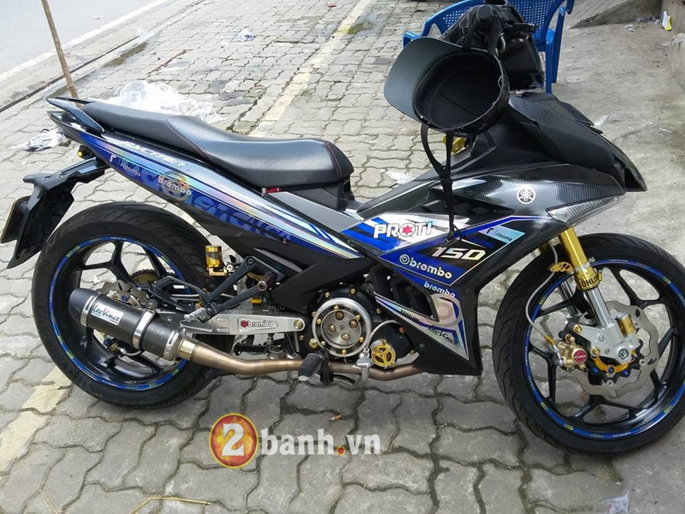 Choi full carbon 5D cung tem crom cho Exciter 150