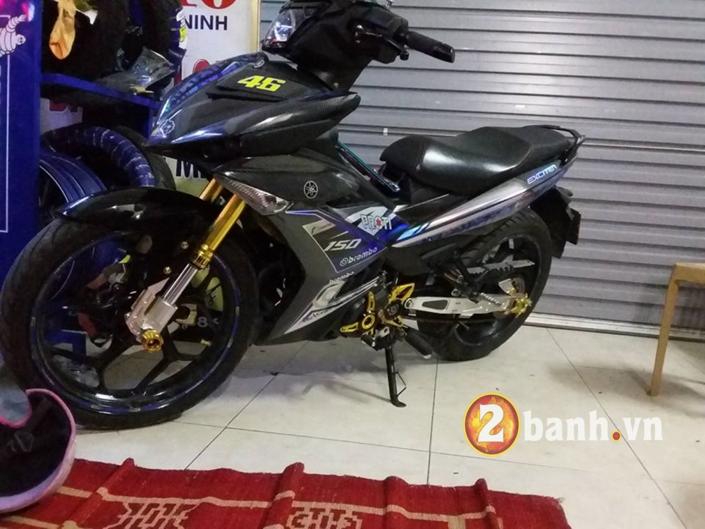 Choi full carbon 5D cung tem crom cho Exciter 150 - 3