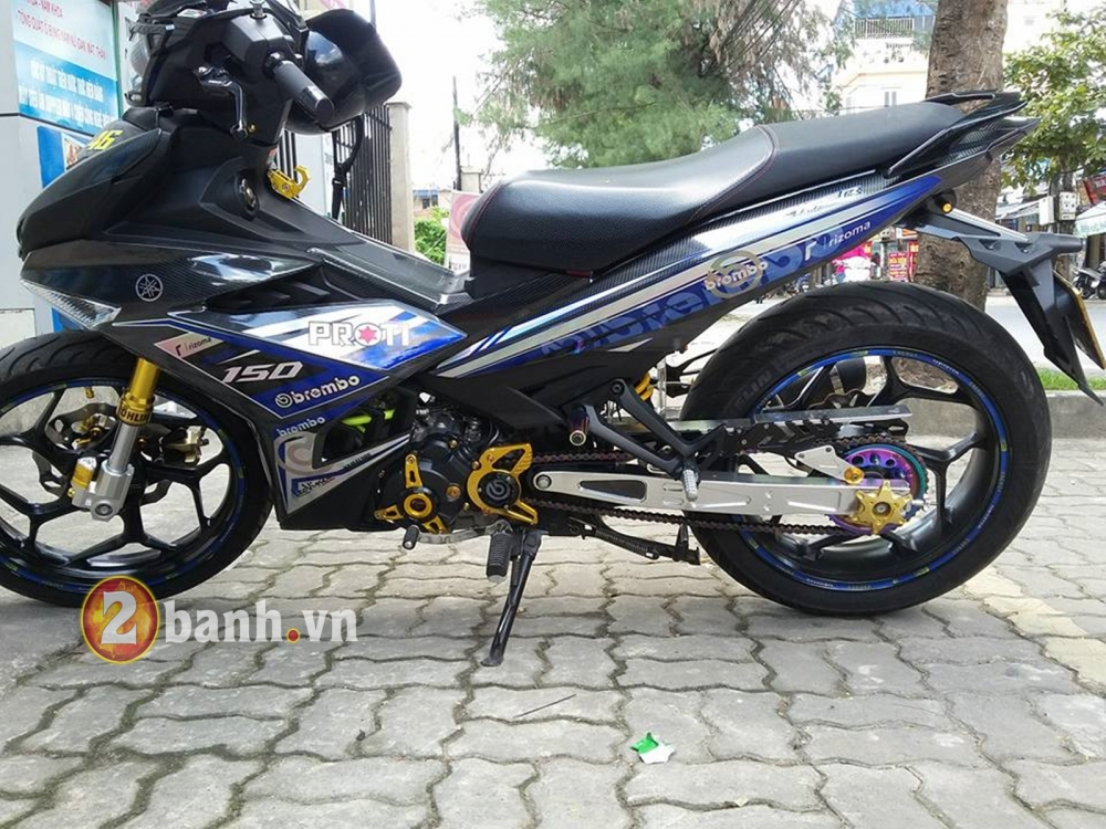 Choi full carbon 5D cung tem crom cho Exciter 150 - 5