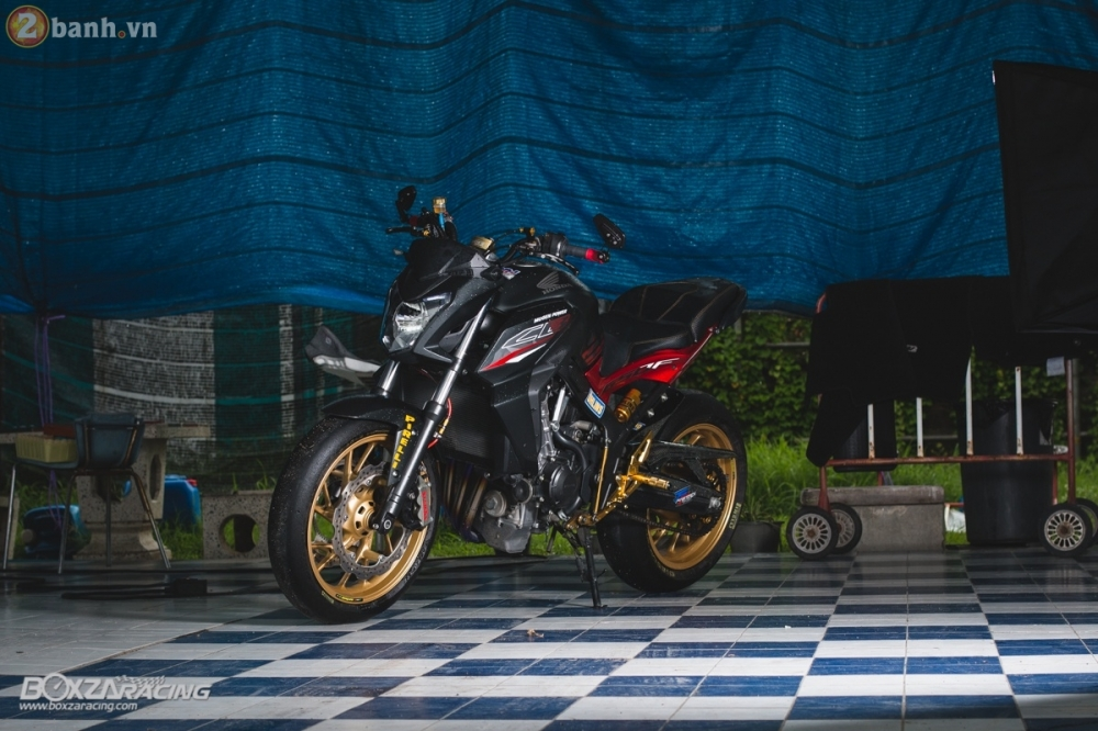 Honda CB650F day loi cuon trong ban do full option cuc chat tu Thai Lan