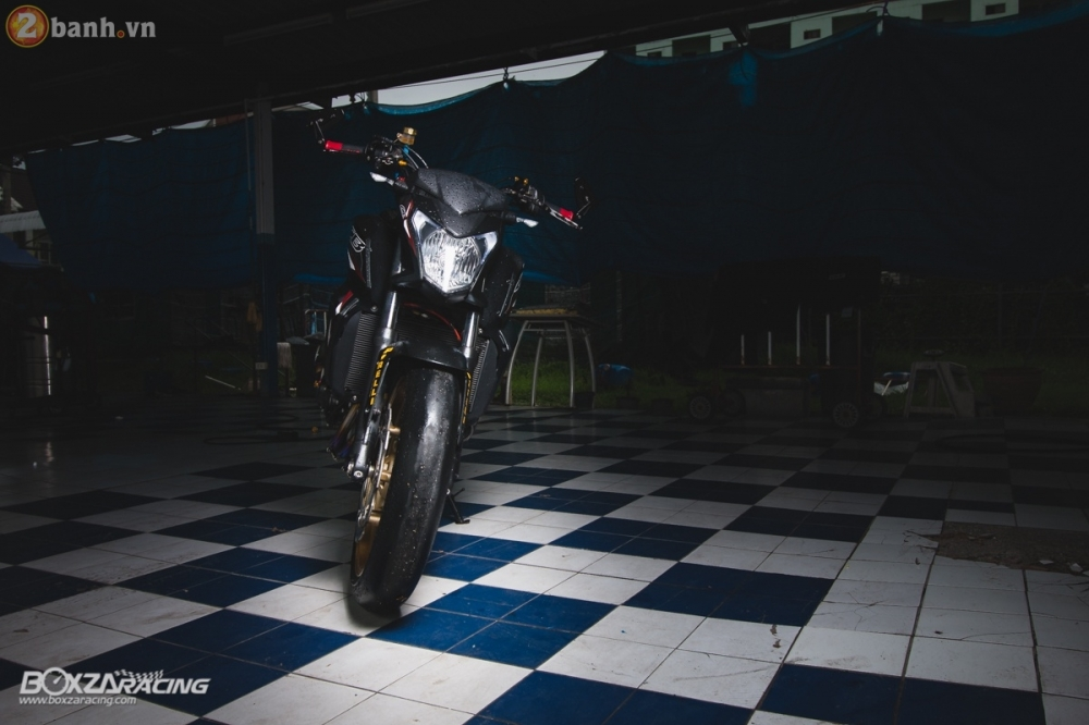 Honda CB650F day loi cuon trong ban do full option cuc chat tu Thai Lan - 3