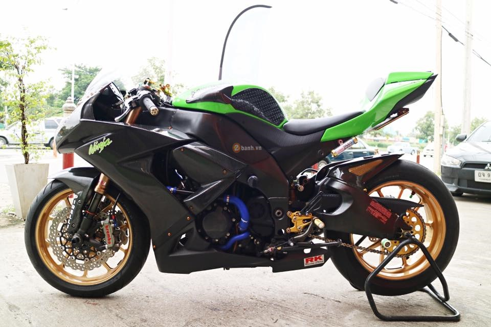 Kawasaki ZX10R ban do hang hieu day an tuong cua biker Thai - 13