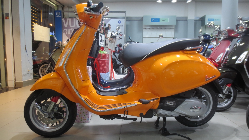 VESPA chinh hang gia tot nhat Update lien tuc - 12