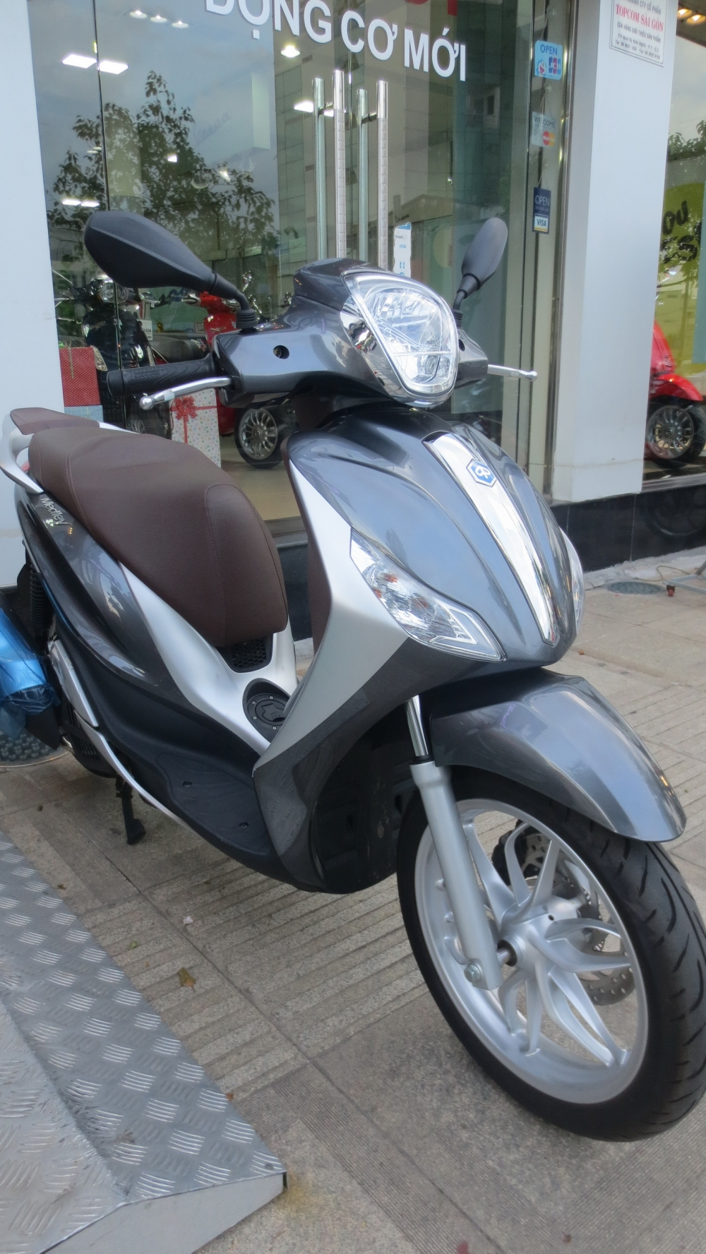 VESPA chinh hang gia tot nhat Update lien tuc - 30