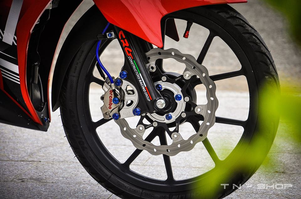 Yamaha Exciter red and black chat choi cua biker mien Tay - 7