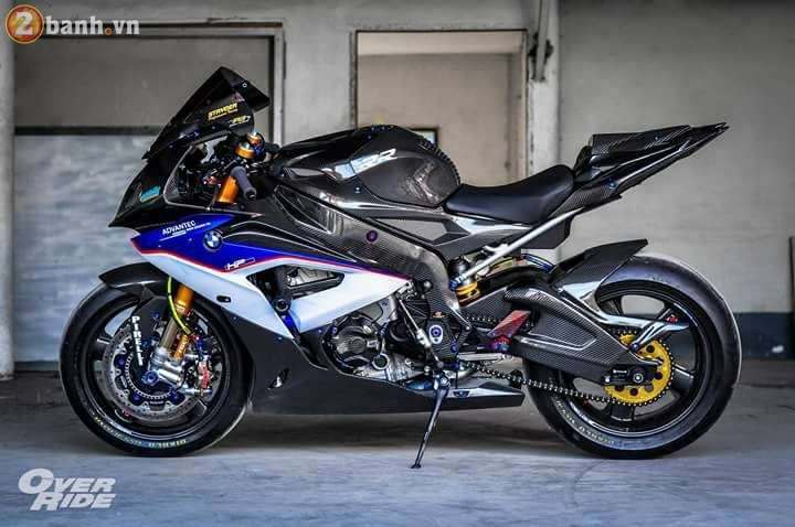 BMW S1000RR sieu chat trong ban do full carbon dat tien - 3